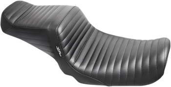 Le Pera Tailwhip Two-Up Seat - fits '06-'17 FXD