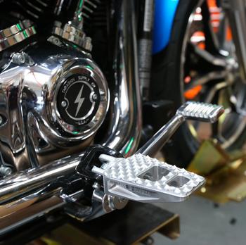 Thrashin Supply Militant Pegs fits Harley '18 & Up Softail - Raw