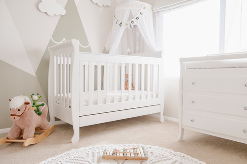 Super Nanny Chelsea Sleigh Cot Bed - White