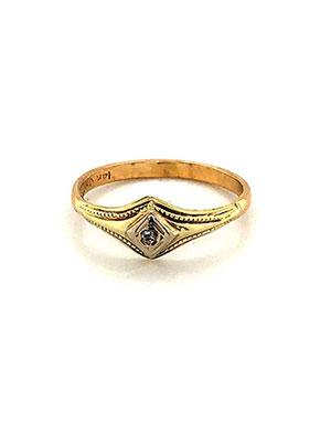 mae-tiny-gold-ring.jpg