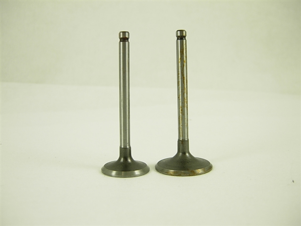 INTAKE AND EXHAUST VALVE SET 11524-A85-12