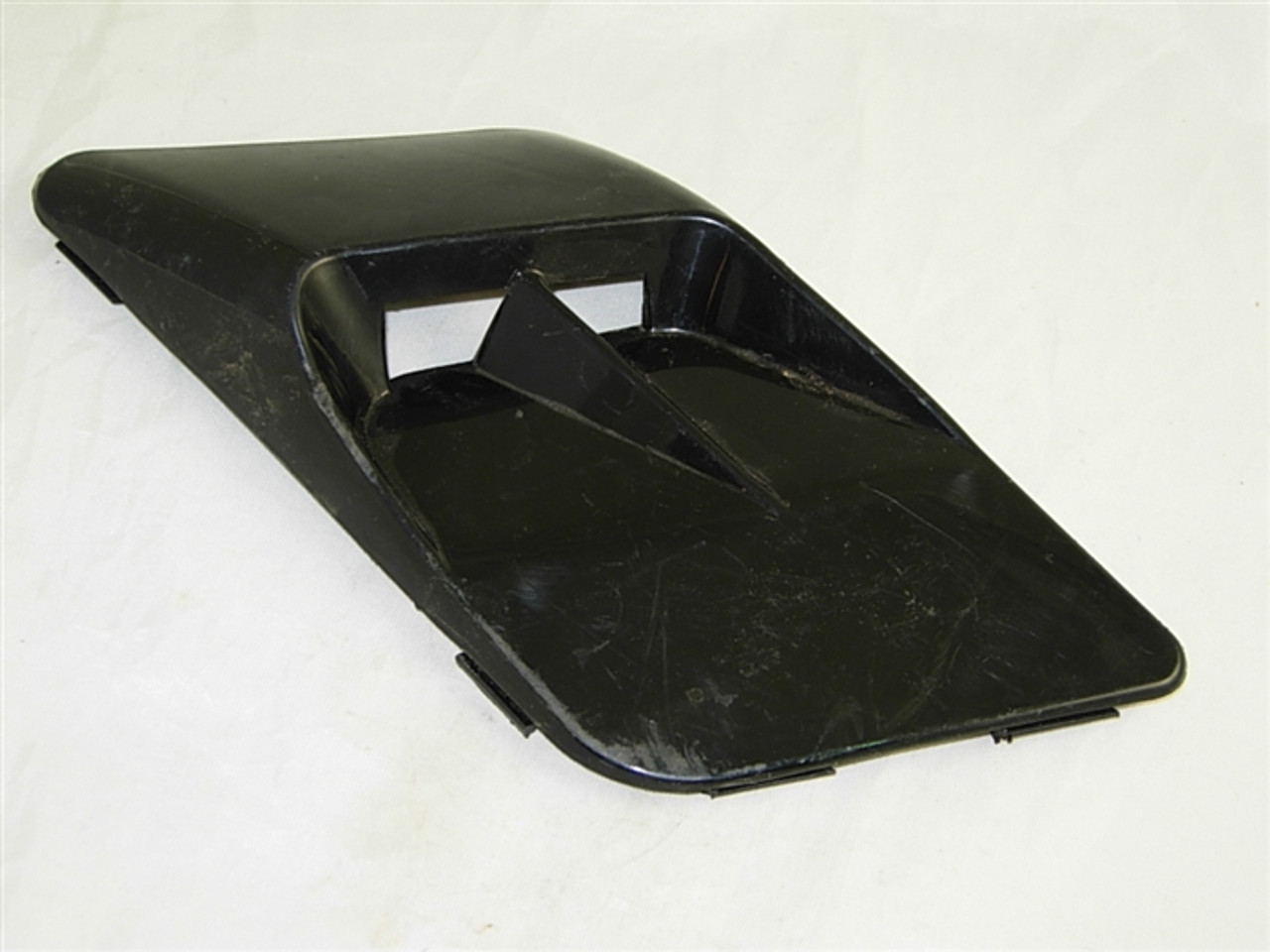 SIDE VENT COVER (RIGHT SIDE) 11845-A103-9
