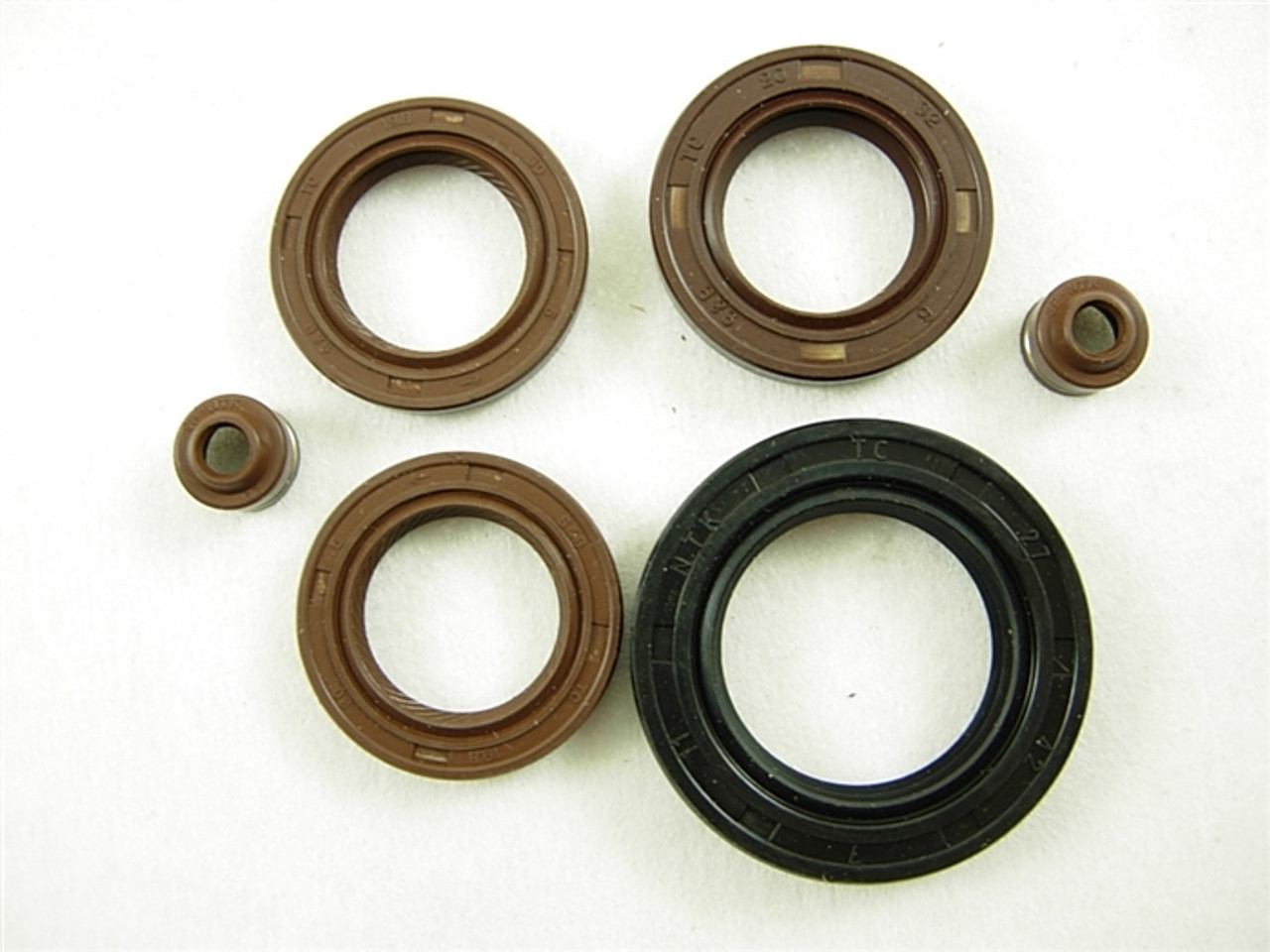 ENGINE SEAL SET 12526-A141-6