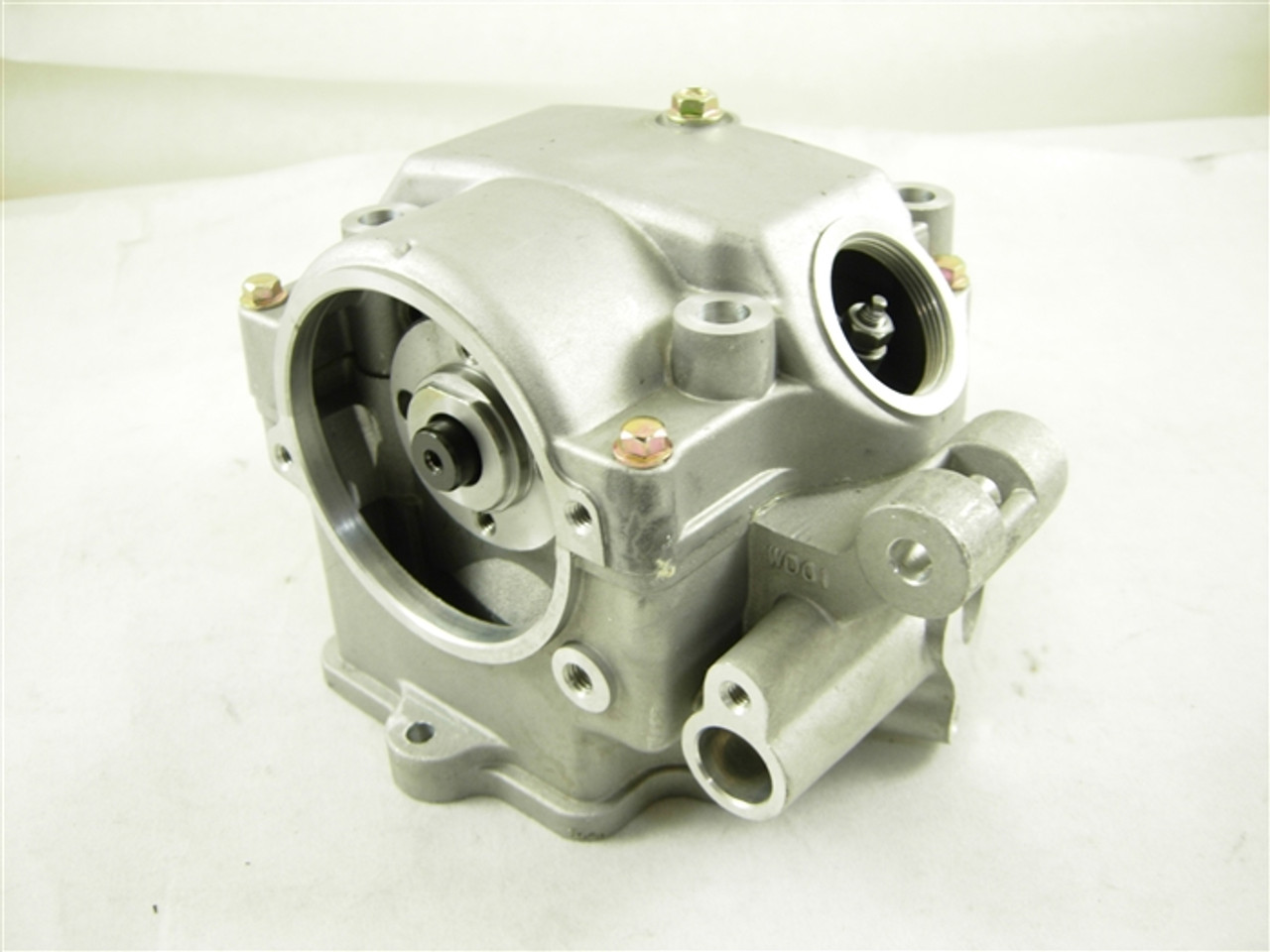 CYLINDER HEAD /ENGINE HEAD 10137-A8-11