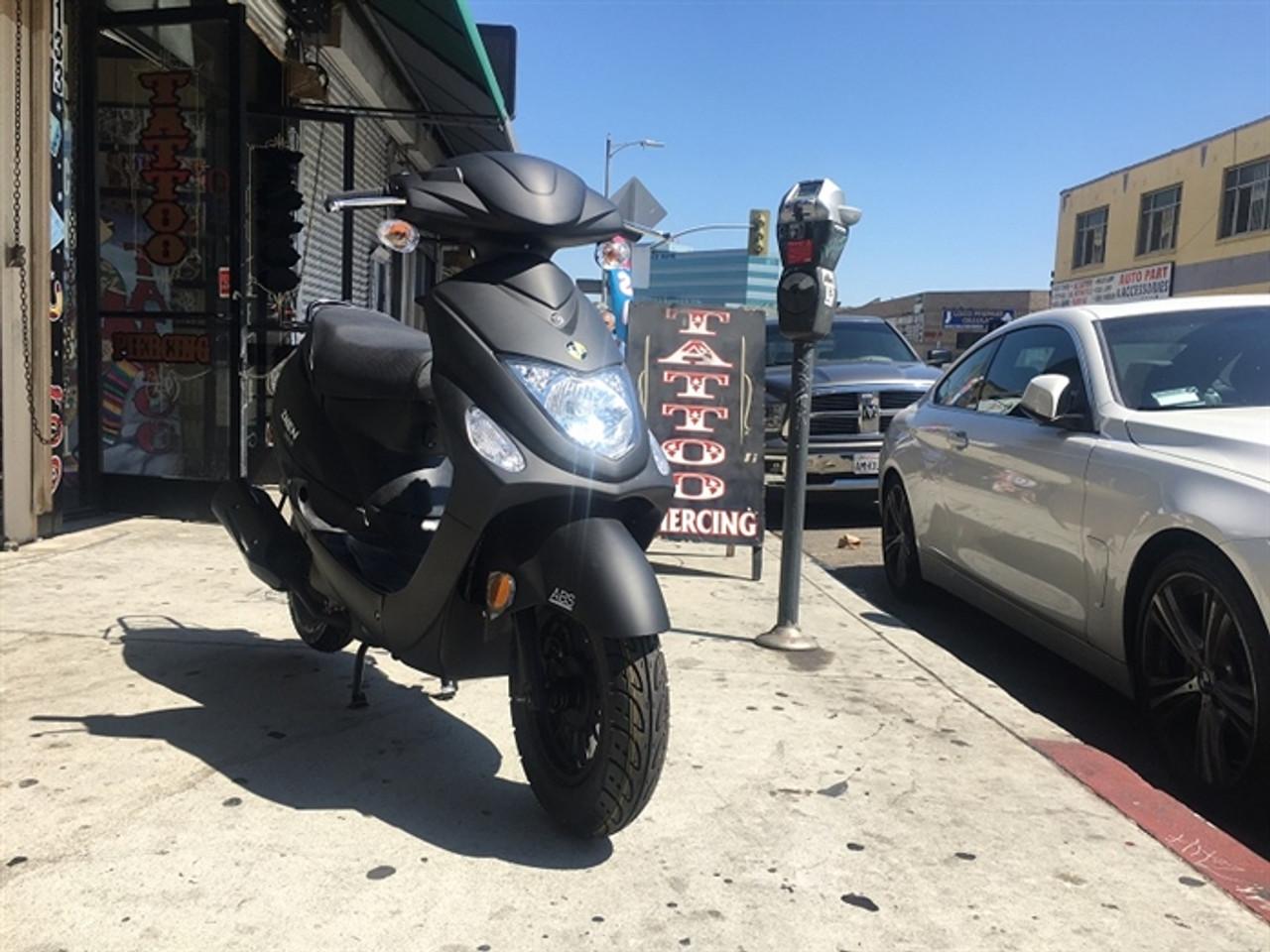 Amigo Znen 2017 SUN3-50 49cc Street Legal Scooter, 3.0 HP 4 stroke SOHC Air Cooled
