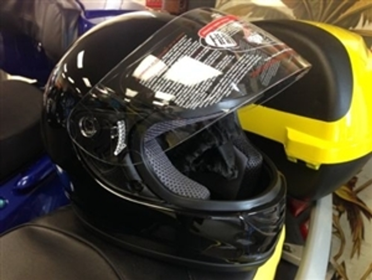 Full face Adult size helmet
