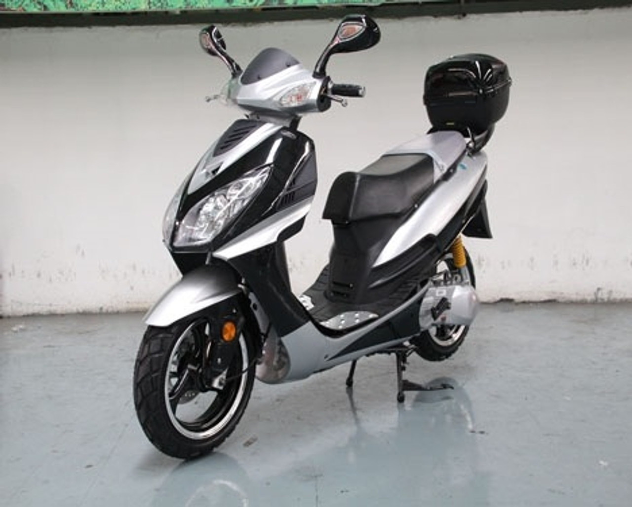 Roketa MC-75Y 150 Scooter, 4-Stroke, Single Cylinder, Air Cooled, Eletric /kick Start