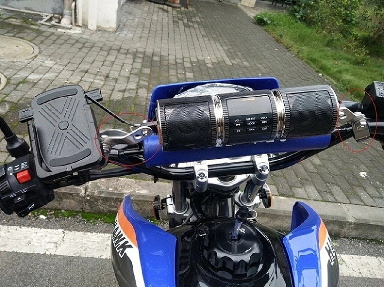 New Hawk 250 DLX With Bluetooth Speakers and Phone Holder