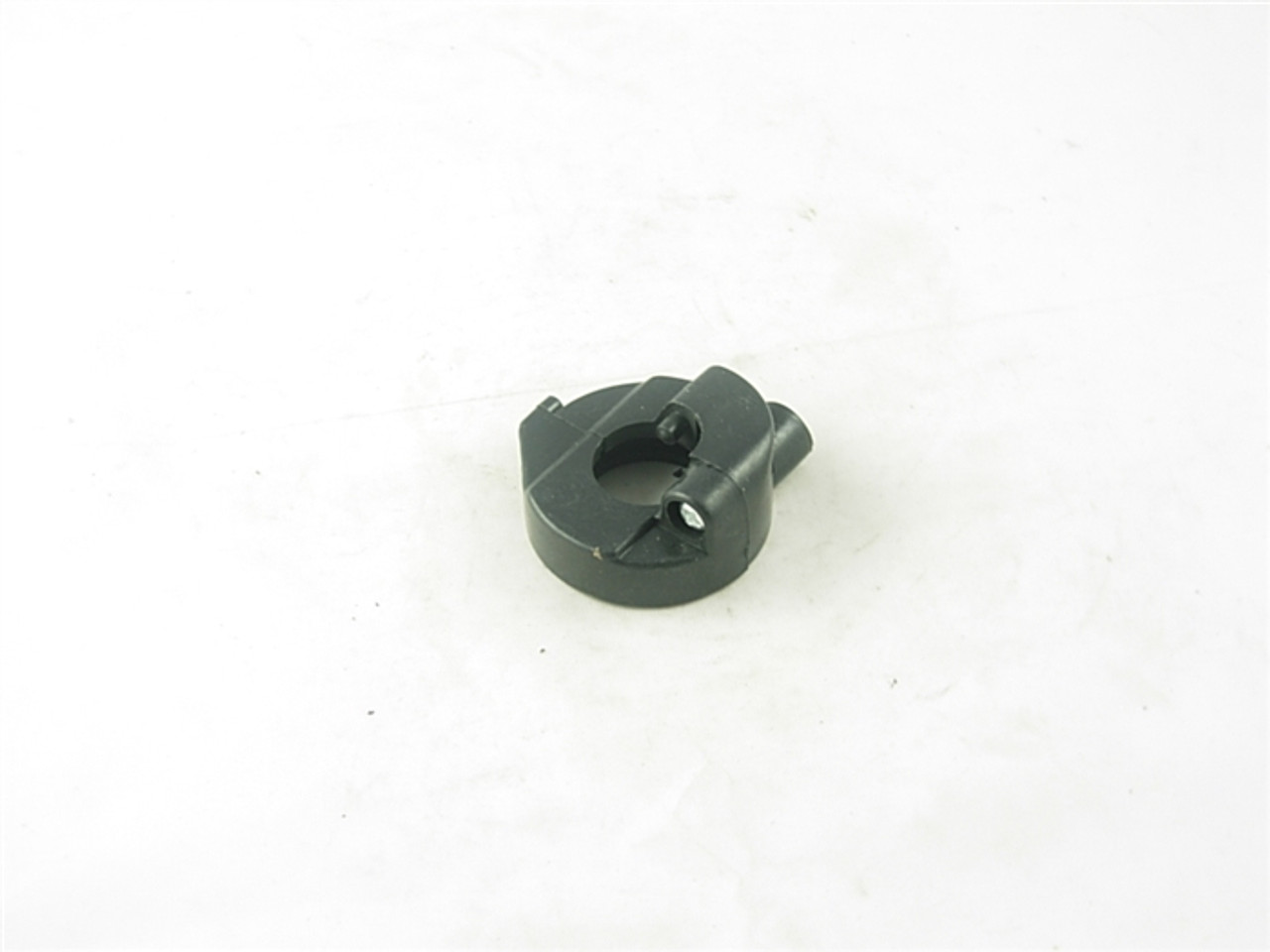 throttle cable housing 10579-a33-3