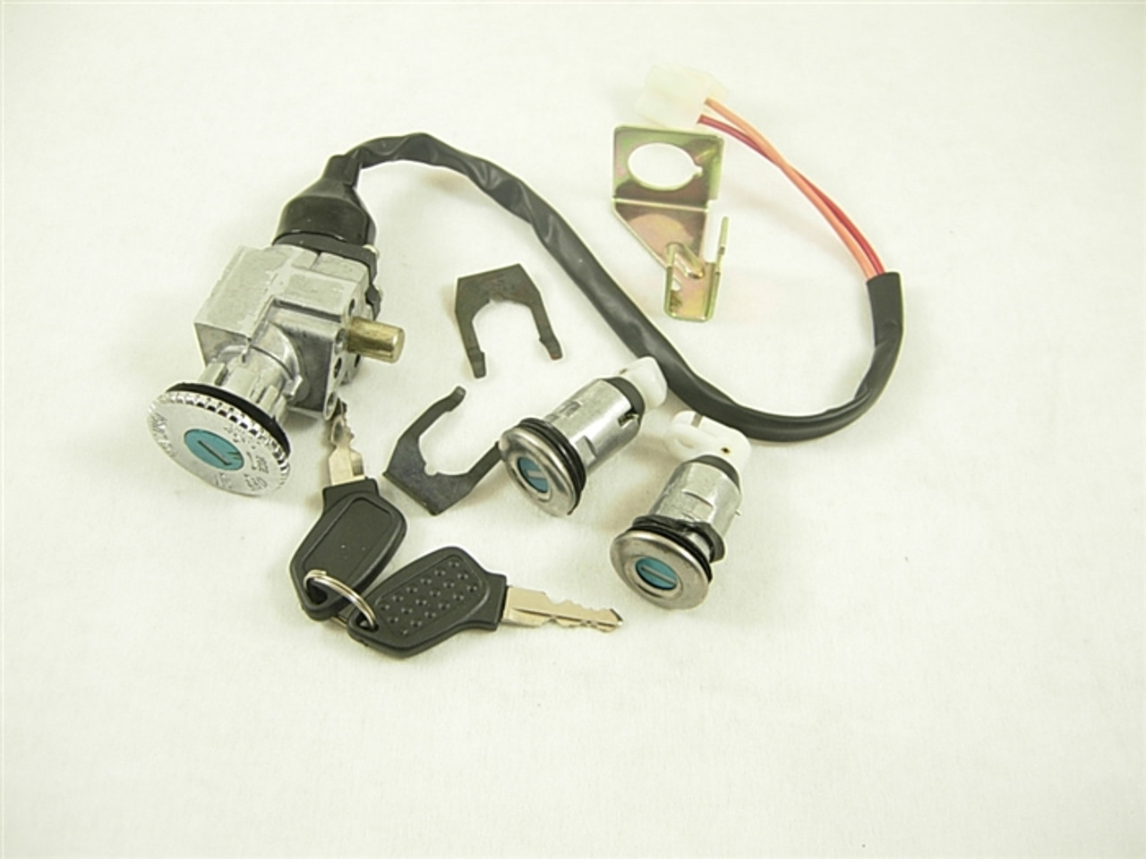 ignition switch/key 11048-a59-4