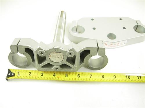 triple tree /steering shaft 11775-a99-11