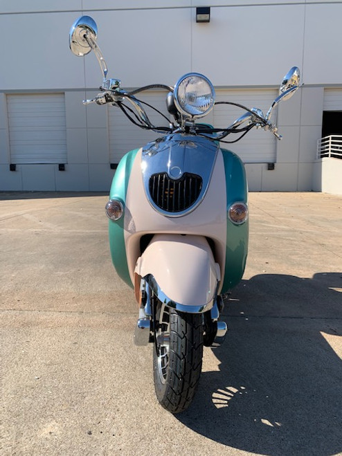 Trail Master Sorrento 50A Scooter, Stylish Two Tone, Fully Assembled In Crate