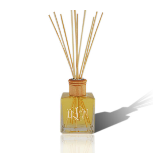 Personalized Reed Diffuser with Essential Oil