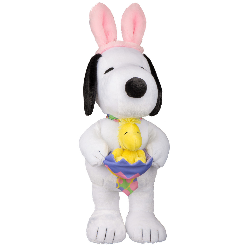 Snoopy with Woodstock in Egg