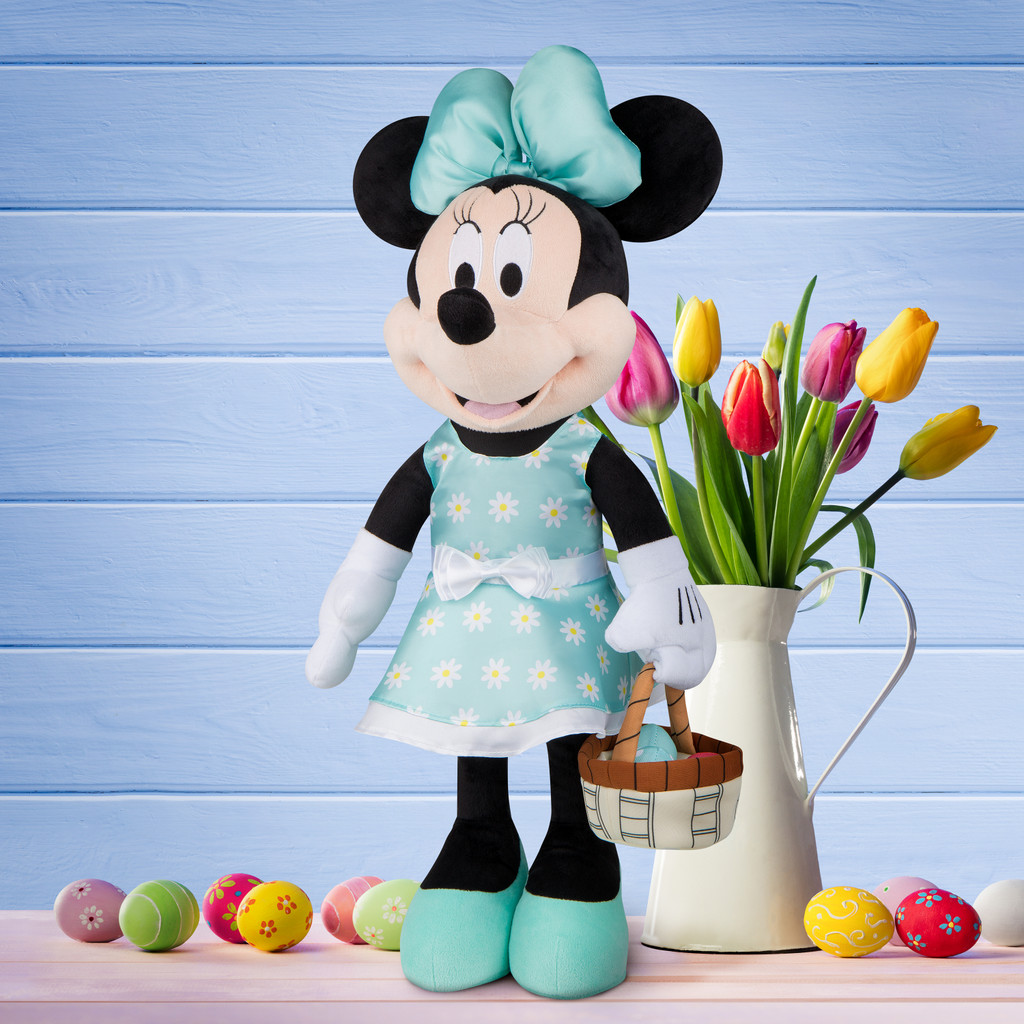Minnie Mouse with Basket