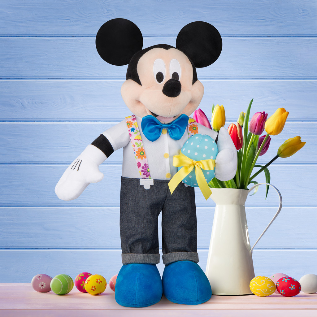 Mickey Mouse with Egg