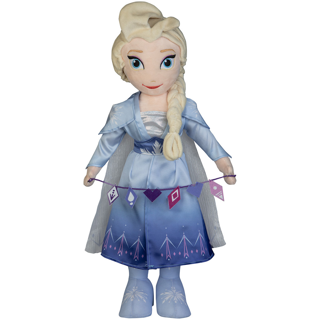 Elsa with Garland
