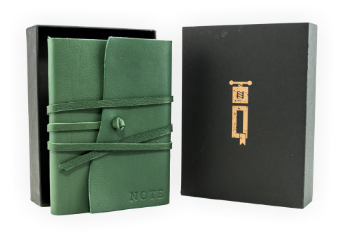 Medium Notebook - Certified Leather | Veteris Collection