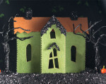 Eeek Estate - Creepy Coffin Glitter House Kit