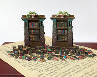 1:48 Quarter scale Books and More Books Kit.