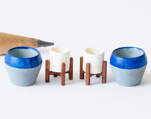 1:48 quarter scale modern flowerpots with stands