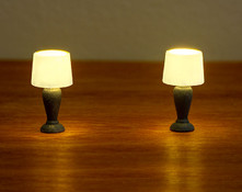 2 traditional lamps for 1:48 quarter scale miniatures; light with LEDs