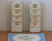 Quarter scale corner shelves kit