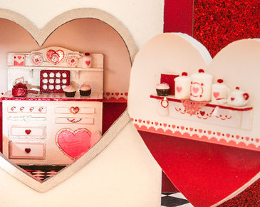 1:48 Twice as Sweet Valentine Stove Accessories Kit