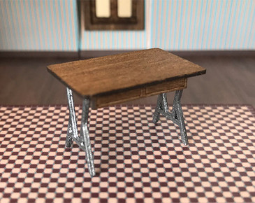 Quarter scale (1:48) Short Work Table Kit