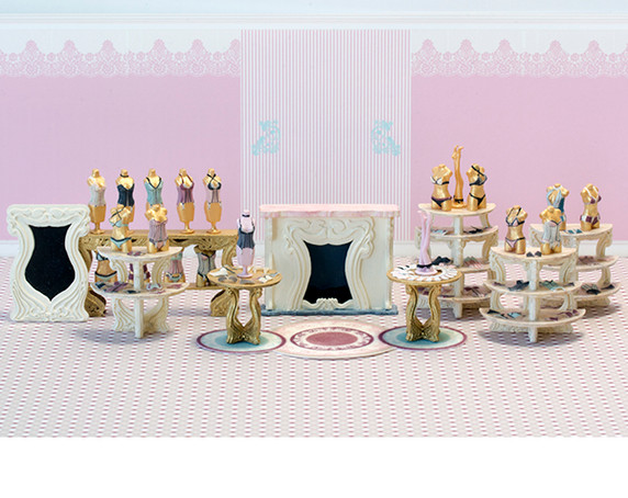 First floor furniture and accessories for Oui Wee Lingerie