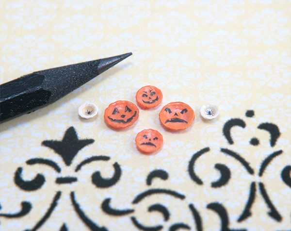 1:48 Scale Halloween Decals and Dishes