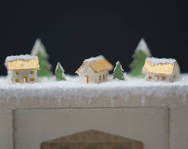 Quarter scale glitter houses