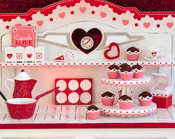 1:12 Twice as Sweet Valentine Stove Accessories Kit