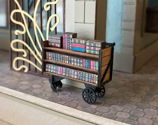 1:48 quarter scale book trolley