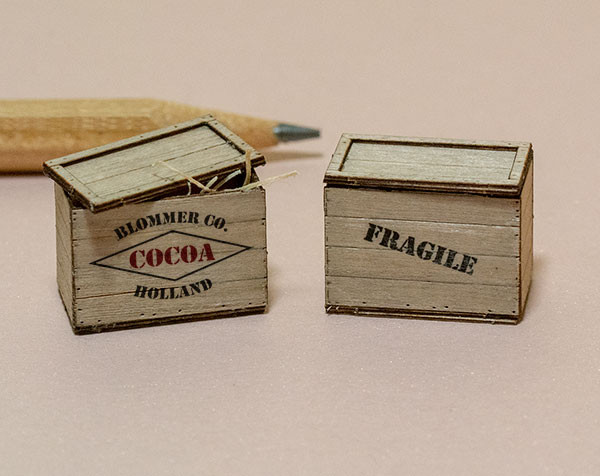 Quarter or half scale, 1:48 or 1:24 shipping crates kit with graphics