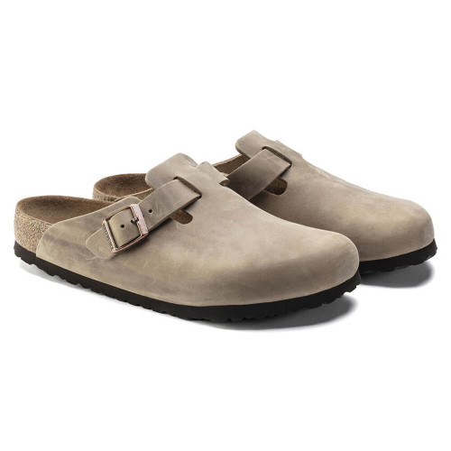 Women's Birkenstock Boston Soft Footbed Oiled Leather Clog - Tobacco Brown