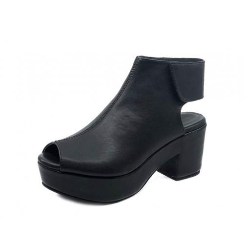 Women's Chocolate Blu Gabby Wedge Black Sandal