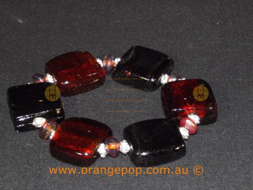 Black and maroon beaded bracelet