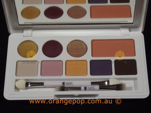 Napoleon Perdis Set Makeup Palette, eyeshadow, blush & lipgloss - Denim Set