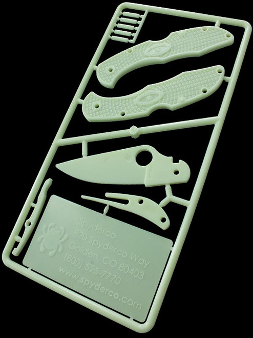 Spyderco Glow in the Dark Knife Kit