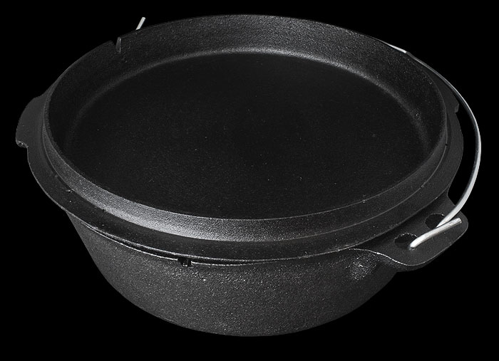 Petromax Dutch Oven with Legs