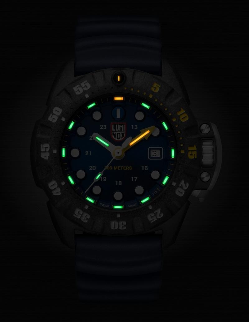 Luminox Deep Dive Carbon Black Blue