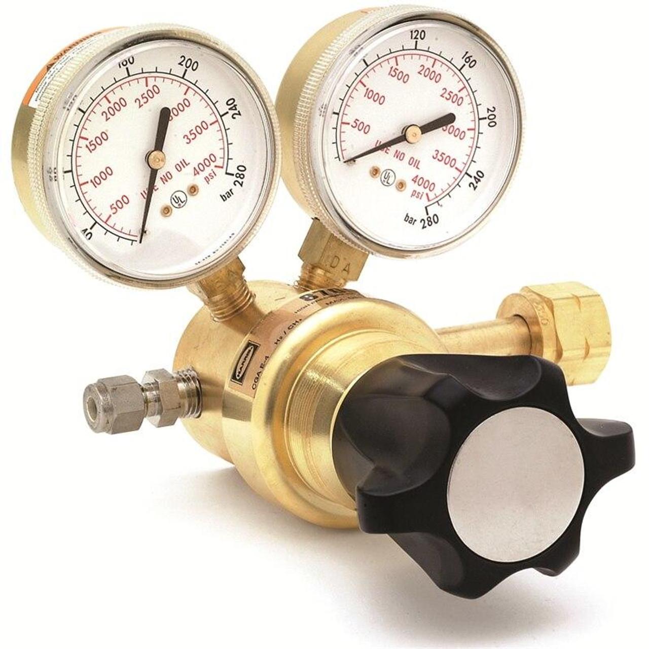 Harris Model 8700-3000-677 Argon, Helium, Nitrogen Ultra High Delivery Pressure Regulator - 3200321