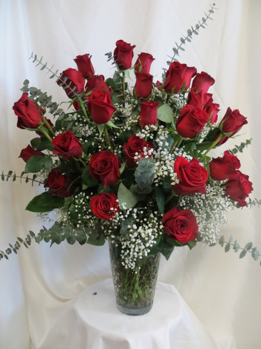 Send her the Ultimate Love Three Dozen Red Roses and blow her away. 3 dozen beautiful red roses will surely impress her! Beautiful red roses delivered by Enchanted Florist Pasadena.  We offer daily delivery to Houston, Deer Park, Pasadena, Clear Lake, Webster, La Porte and more. RM366