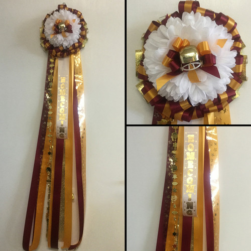 The Single Deer Park Homecoming Mum from Enchanted Florist includes a single mum flower, trinkets, and decoration in the school colors of your choice.