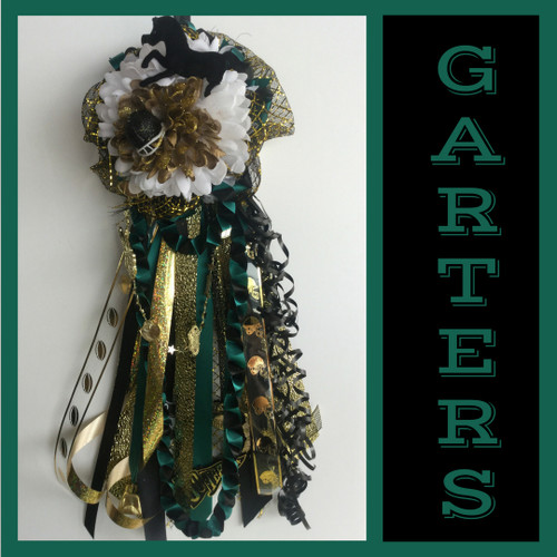 The Single Memorial High School Homecoming Garter from Enchanted Florist includes a single garter flower, trinkets, spiral chain, the spiral braid, and garter band in the school colors of your choice. HMC136