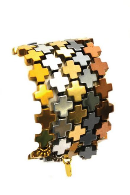 Betsy Pittard | Hematite Cross Bracelet in Pewter