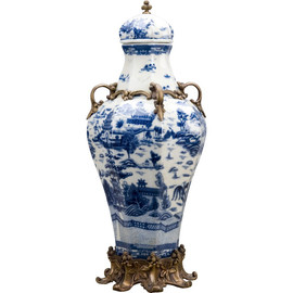 Blue and White Porcelain Ormolu 19 Inch Covered Urn Centerpiece Jar 10607