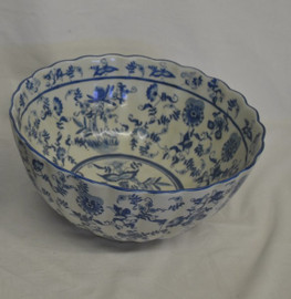 Blue and White Delicate Flower Vine - Luxury Handmade Reproduction Chinese Porcelain - 12 Inch Scalloped Edge Centerpiece Bowl Style D78