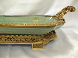 Lyvrich Fine Handmade d'oro Ormolu Elegant Porcelain - Centerpiece, Display Tray - Celadon Minuscule Crackle - 6.5t X 24.5w X 13d